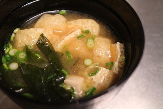 okawakame-miso-soup