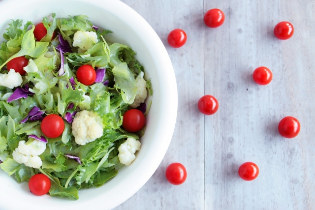 kale-cottage-cheese-salad