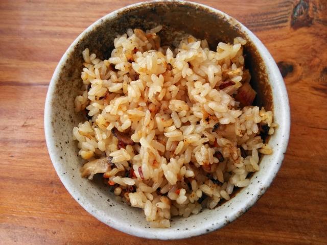 sardine-cans-takikomi-plum-gohan