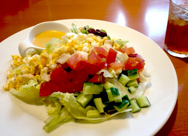cottage-cheese-chopped-salad