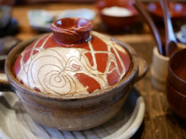 earthenware-pot-sardine-cans-takikomi-gohan
