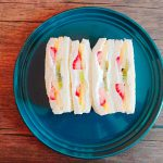 cottage-cheese-fruit-sandwich