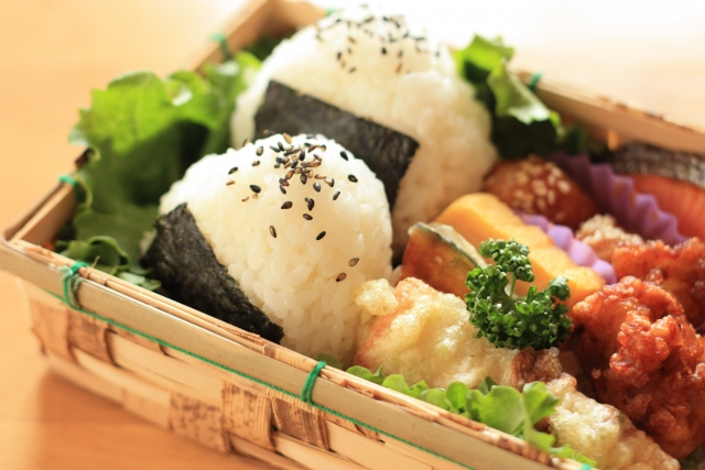 chia-seeds-rice-ball