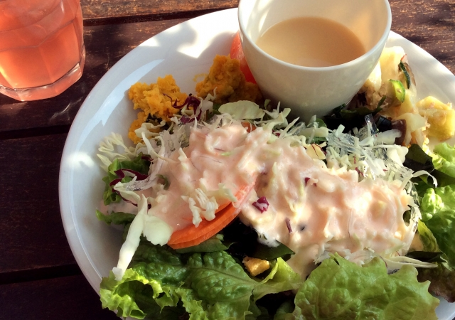 kale-mayonnaise-salad