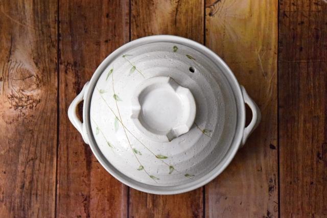 earthenware-pot