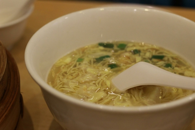 chinese-soup-of-the-enoki-egg