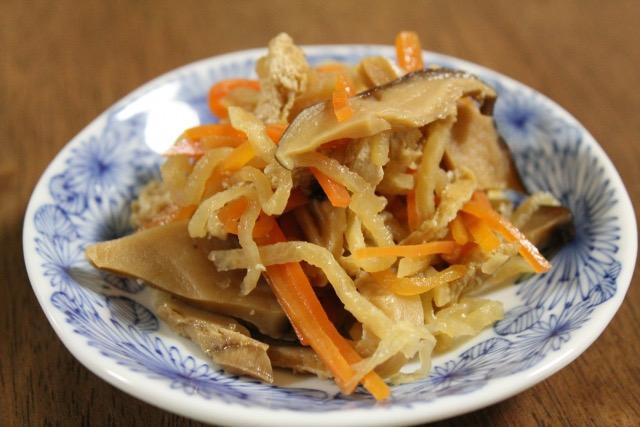 shiitake-dried-strips-of-radish-food-boiled-and-seasoned