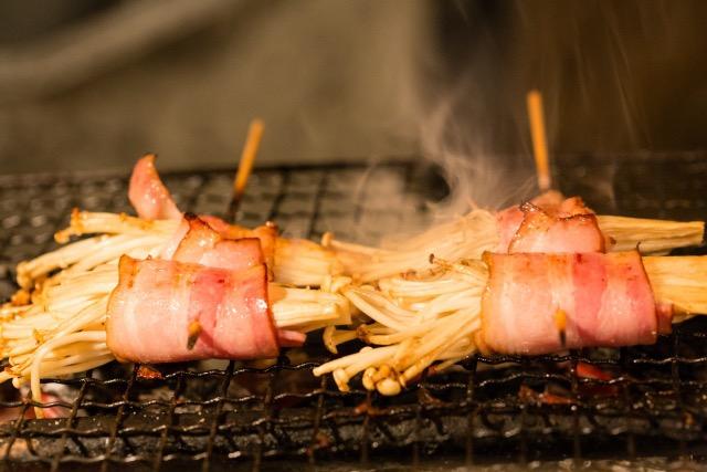 bacon-roll-of-the-enoki-mushroom