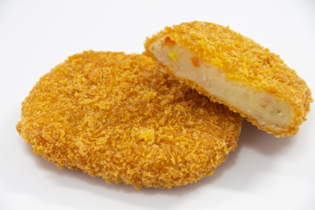 Potato-croquette-of-the-new-potato-which-there-is-no-meat-in