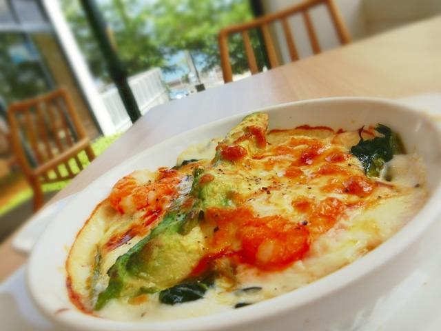 Macaroni-gratin-of-asparagus-and-the-tomato