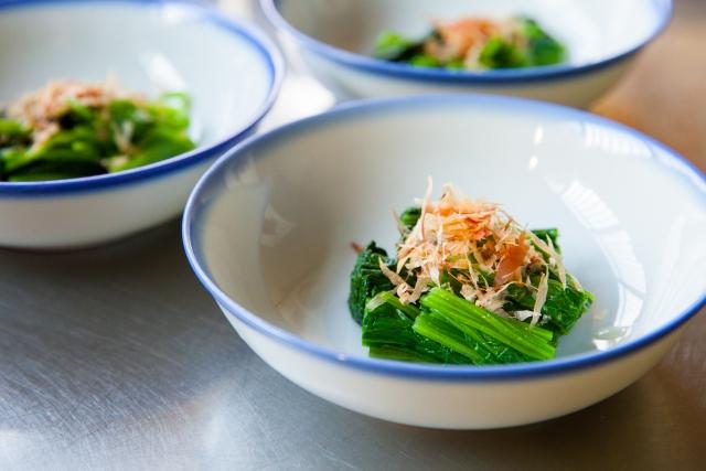 edible-chrysanthemum-shiradashi-boiled